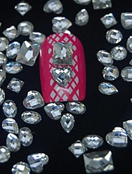 100pcs mélange façonne accessoires de diamant de résine pas inclure boîte 3d nail art décoration