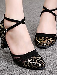 baratos -Mulheres Sapatos de Dança Moderna / Dança de Salão Veludo / Courino Salto Presilha Salto Robusto Sapatos de Dança Preto e Sliver / Branco