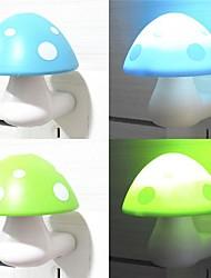 Недорогие -привело гриб индукции ночник (случайный цвет)