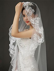 One-tier Lace Applique Edge Wedding Veil Cathedral Veils With 118.11 in (300cm) Tulle