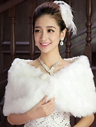 cheap -Sleeveless Cotton Wedding Party Evening Fur Wraps Wedding  Wraps With Pearl Feathers / Fur Scales Shrugs