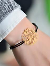 Недорогие -мода женщины цветок тиснения эластичный браслет