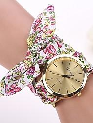 baratos -Mulheres Relógio de Moda Relógio de Pulso Bracele Relógio Quartzo Tecido Banda Flor Branco Vermelho