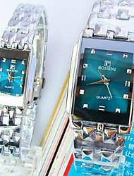 Недорогие -Новая площадь зеленую ручку моды кварцевые часы супругов