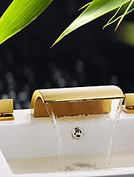abordables -robinet évier de salle de bains - cascade ti-pvd répandu trois trous / mélangeurs trois trous / robinets de bain en laiton