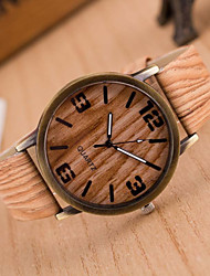 cheap -Women's Quartz Wrist Watch Casual Watch PU Band Charm / Casual / Wood / Fashion White / Brown / Grey