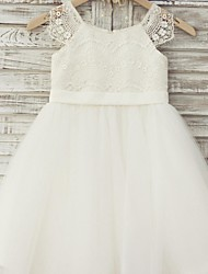 A-Line Knee Length Flower Girl Dress - Lace Tulle Short Sleeves Scoop Neck with Ribbon by thstylee