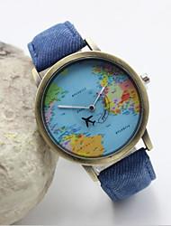 Недорогие -Жен. Наручные часы Карта мира Кварцевый Кожа Черный / Белый / Синий Горячая распродажа Аналоговый Дамы Кулоны Мода - Красный Зеленый Синий