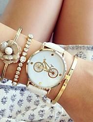 cheap -Women's Quartz Bracelet Watch Chronograph PU Band Fashion Black White Pink