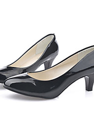 cheap -Women's Shoes Patent Leather Low Heel Heels / Comfort Heels Office & Career / Casual Black / Red / White / Beige
