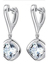 abordables -le haut de gamme s925 boucles d'oreilles en argent sterling style féminin classique