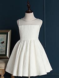 um vestido de menina de flor curto / mini-line - gola de renda sem molho de renda com pregas por lovelybees