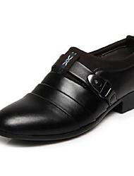 Homens sapatos Couro Ecológico Primavera Verão Outono Presilha para Casual Ao ar livre Escritório e Carreira Festas & Noite Branco Preto