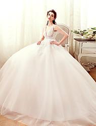 robe de mariée en tulle à une ligne v-neck et au sol avec perles par yuanfeishani