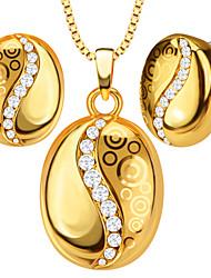 Pendants Metal / Crystal Round Shape Golden 50