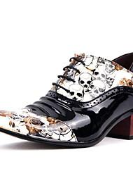 economico -scarpe da sposa degli uomini / esterno / ufficio&carriera / partito&sera / vestito / casuali stringate in vernice nera / bianca