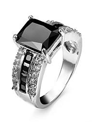 Homens Mulheres Anéis de Casal Maxi anel Anel Zircônia cúbica Personalizada Luxo Amor Fashion Zircão Zircônia Cubica Strass Liga Forma