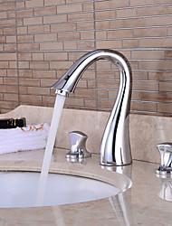 Недорогие -Смеситель для раковины в ванной комнате - предварительная промывка / водопад / хромированная центральная часть с двумя ручками и тремя отверстиями для ванны