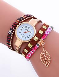baratos -Mulheres Bracele Relógio Relógio de Pulso Quartzo Legal Punk PU Banda Analógico Amuleto Brilhante Folhas Rosa Vermelho Azul