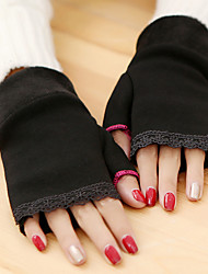 Women's Simple Lace Knitwear Wrist Length Half Finger Cute/ Party/ Casual Winter Gloves