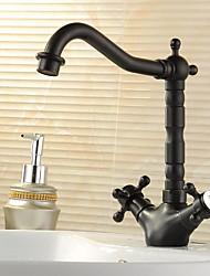 Недорогие -кухонный смеситель - Одно отверстие Начищенная бронза Бар / Prep Настольная установка Традиционный / Две ручки одно отверстие