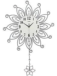 Moderno/Contemporâneo Casas Relógio de parede,Outros Acrilico Vido Metal 55*82CM Interior Relógio