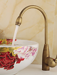 Deck Mounted Copper Antique Brass Rotatable Spout Single Handle Single Hole Cold And Hot Water Kitchen Faucet