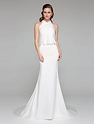 A sirena Collo alto Strascico di corte Charmeuse (armaturato) Vestito da sposa con Incrociato di LAN TING BRIDE®