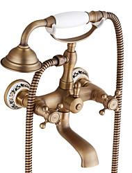 Недорогие -Смеситель для ванны - Античный / Традиционный Античная медь По центру Керамический клапан Bath Shower Mixer Taps / Две ручки двумя отверстиями
