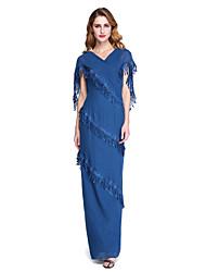 baratos -Tubinho Decote V Longo Chiffon Vestido Para Mãe dos Noivos - Franja(s) de LAN TING BRIDE®