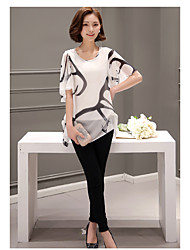 Korean version of the 2017 summer chiffon shirt large size printing fake two short-sleeved long section of loose horn sleeve shirt Women