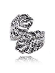 Недорогие -Жен. Массивные кольца На заказ Уникальный дизайн Мода Euramerican Массивные украшения Английский Стразы сплав цинка В форме листа