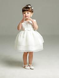 baratos -Vestido de baile vestido curto / mini florista - Organza colar de jóias sem mangas com fita por minuto