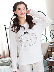 Women's Sleep Wear White Cartoon Cat Pattern Soft Pajamas Set