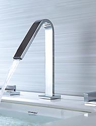 Недорогие -Настольная установка Керамический клапан Две ручки три отверстия Ванная раковина кран