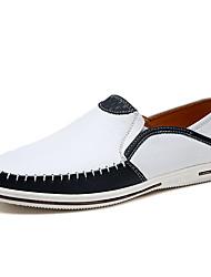 preiswerte -Herrn Schuhe Kunstleder Leder Frühling Sommer Komfort Loafers & Slip-Ons für Normal Weiß Schwarz Dunkelblau