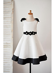 cheap -A-Line Knee Length Flower Girl Dress - Satin Sleeveless Scoop Neck with Bow(s) Sashes/ Ribbons Flower by LAN TING BRIDE®