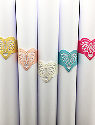 cheap -40pcs/lots Wedding Napkin Holder Laser Cut Love Heart Napkin Ring Party Favor Paper Napkin Ring For Wedding Decoration Party Supplies