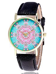 Per uomo Orologio elegante Orologio alla moda Orologio da polso Creativo unico orologio Orologio casual Simulato Triangolo Orologio Cinese