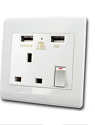 Sorties électriques PP Avec prise USB Charger 9*9*4