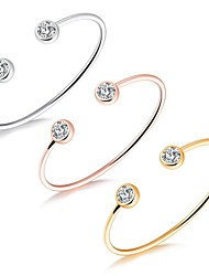 Недорогие -Жен. Браслет разомкнутое кольцо Цирконий Базовый дизайн Pоскошные ювелирные изделия Мода обожаемый Циркон Позолота Позолоченное розовым