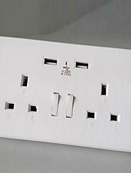 Sorties électriques PP Avec prise USB Charger 15*9*4