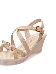 preiswerte -Damen Schuhe PU Frühling Sommer Komfort Pumps Sandalen Keilabsatz Offene Spitze Schnalle für Kleid Party & Festivität Büro & Karriere