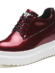cheap -Women's Shoes Patent Leather Spring Fall Comfort Light Soles Oxfords Wedge Heel Round Toe Lace-up For Office & Career Dress Burgundy