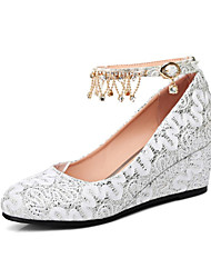 le scarpe delle donne personalizzate dei materiali apprezzano la punta rotonda del tallone della cinghia dei pattini della novità di