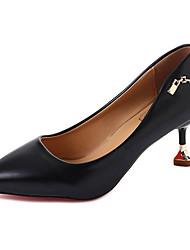 preiswerte -Damen Schuhe PU Frühling Sommer Pumps High Heels Kitten Heel-Absatz Runde Zehe für Kleid Büro & Karriere Schwarz Beige Gelb