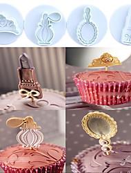 abordables -4 pcs / set thème de toilette (couronne, parfum, miroir, rouge à lèvres) en plastique gâteau cookie plongeur coupeurs fondant moules