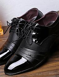 Недорогие -Муж. Полиуретан Весна / Осень Удобная обувь / Английский Туфли на шнуровке Черный / Коричневый