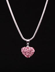 Недорогие -Жен. Сердце Ожерелья с подвесками Стразы Сплав Ожерелья с подвесками , День рождения