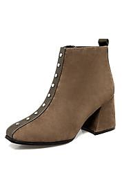 baratos -Mulheres Sapatos Courino Inverno Botas da Moda Botas Salto Robusto Dedo Apontado Botas Curtas / Ankle Tachas para Festas & Noite Preto /